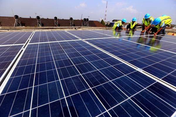 Kementerian Energi dan Sumber Daya Mineral menarget pada tahun 2020 akan memasang panel surya pada atap gedung sosial